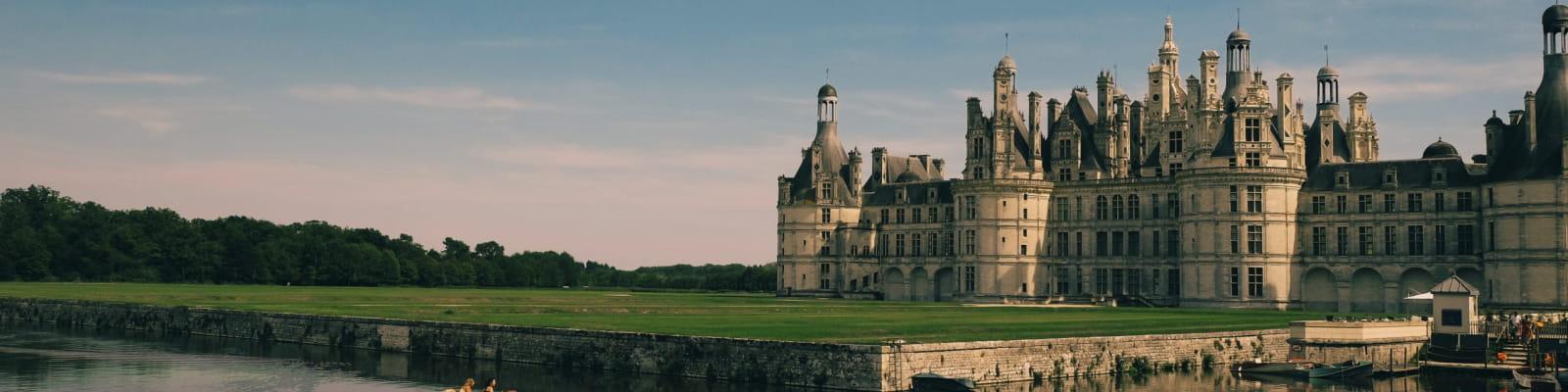 Château de Chambord avec un barque