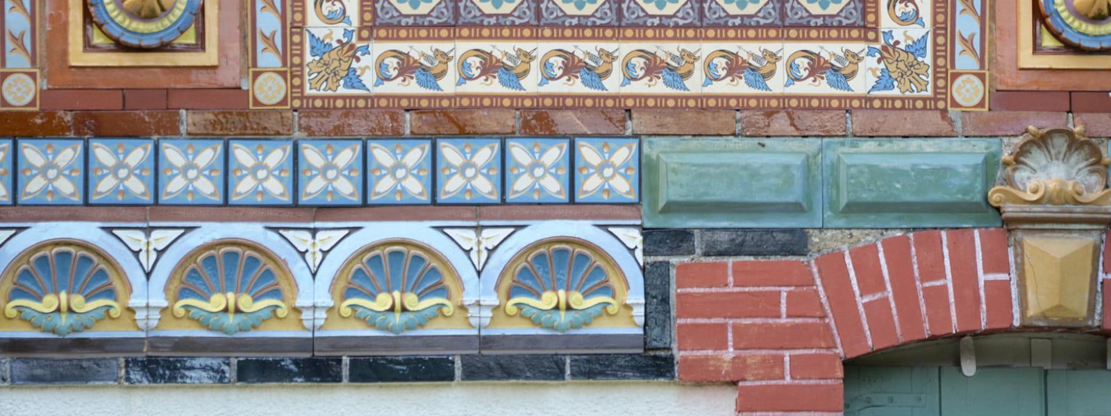 détail de la façade de la maison catalogue Perrusson à Villefranche sur Cher
