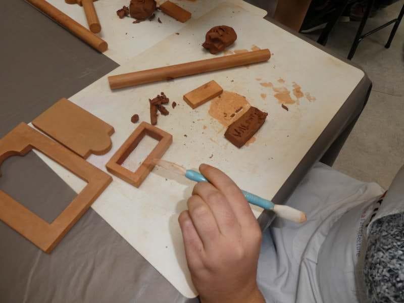 Visite pour enfants et atelier 'Fabrication de briques'