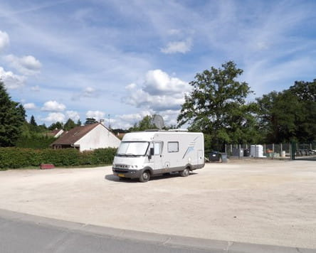 Aire de services pour camping-cars - Theillay