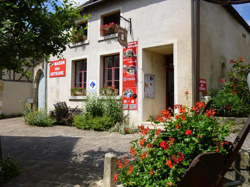 Bureau d'information de Mennetou-sur-Cher et Maison des Artisans
