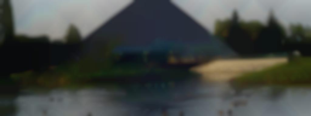 Pyramide Espace François 1er