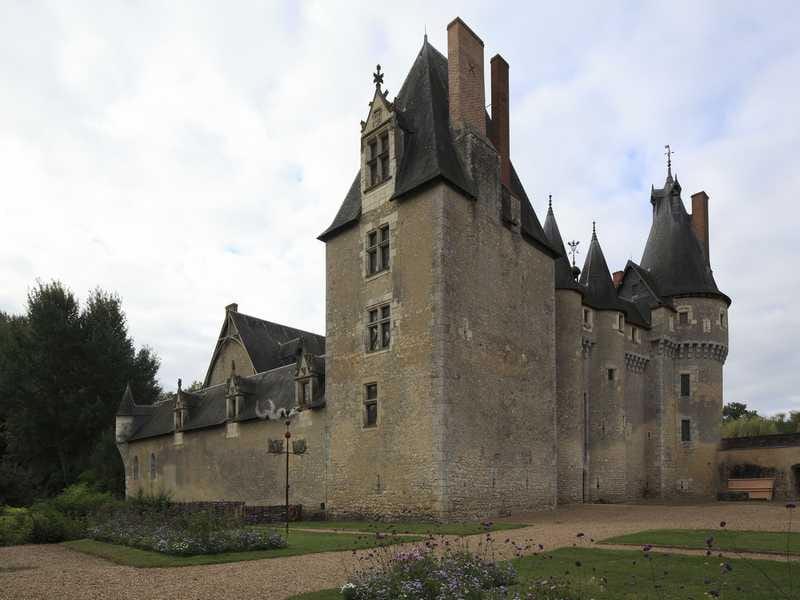 Visite commentée « La place du lit dans le logis médiéval » au château de Fougères-sur-Bièvre