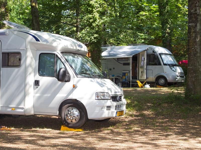 Aire de stationnement pour camping-cars - Ferme EARL Poulas - Mur-de-Sologne